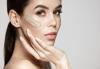 Дълбоко почистване на лице с пилинг, нанасяне на възстановяваща маска, серум и енергизираща кожата кислородна терапия в салон за красота Женско царство в Центъра! - thumb 1