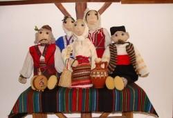 За децата! Четири посещения на куклен театър за деца от 5 до 10 години в Sofia International Music & Dance Academy! - Снимка