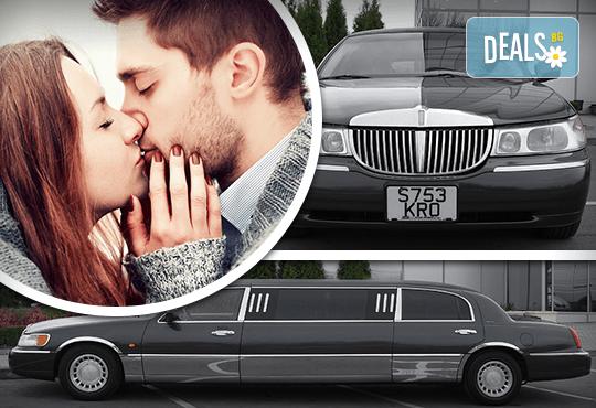 Лукс! Бизнес трансфер или романтична разходка с холивудска стреч-лимузина от Лимузини San Diego - Снимка 1