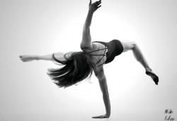 Четири посещения на Contemporary dance (съвременен танц) в Sofia International Music & Dance Academy! - Снимка