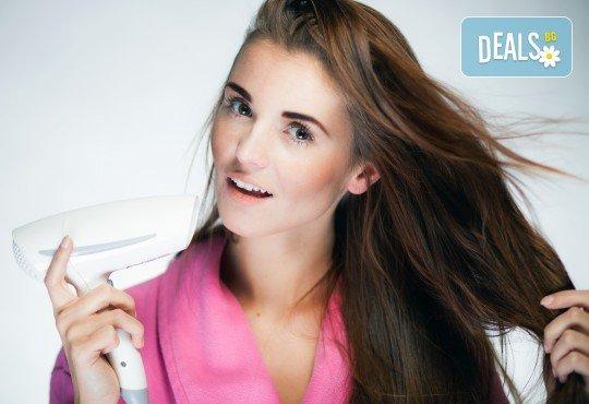 Хиалуронова терапия с инфраред преса за плътност, блясък и обем с професионални продукти на Milk Shake и оформяне на прическа със сешоар от фризьор Нели Борисова! - Снимка 3