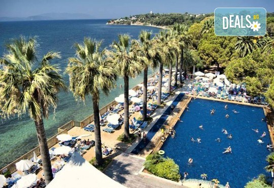 Изпратете лятото с луксозна почивка в Omer Holiday Resort 4* в Кушадасъ! 7 нощувки на база All Inclusive и възможност за транспорт! - Снимка 1