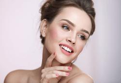 Поставяне на мезо перманентен фон дьо тен - безиглена и безболезнена процедура с ефект до една година, в NSB Beauty Center! - Снимка