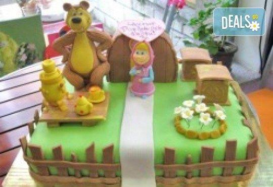 За Вашето дете! 3D торта с герои от филми по дизайн на Сладкарница Орхидея! - Снимка 7