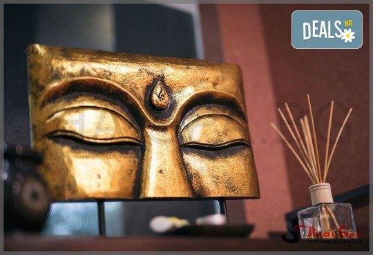 Ритуал Рестарт за тялото и ума директно от Изтока! Традиционен тайландски масаж на тепих - 60 мин. и релакс в солна стая с халотерапия - 40 мин., от Thai SPA! - Снимка 1