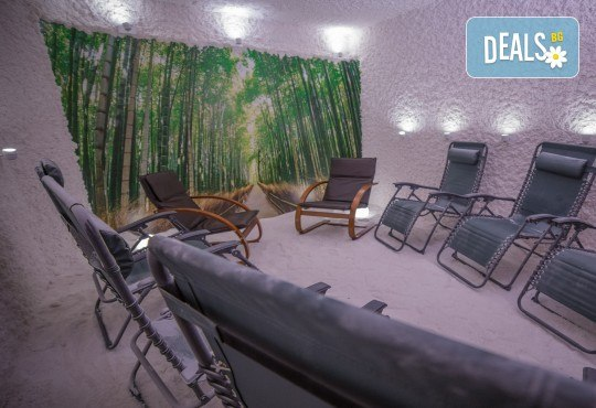 Пълно обновяване с магията на солта и меда! Солна стая с халотерапия 40мин, меден детокс масаж на гръб или избрана зона и дълбока хидратация, от Thai SPA! - Снимка 4