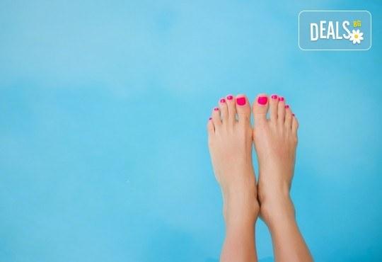 Покажете перфектните си крака! Педикюр с гел лак на Bluesky в Sense of beauty studio! - Снимка 2