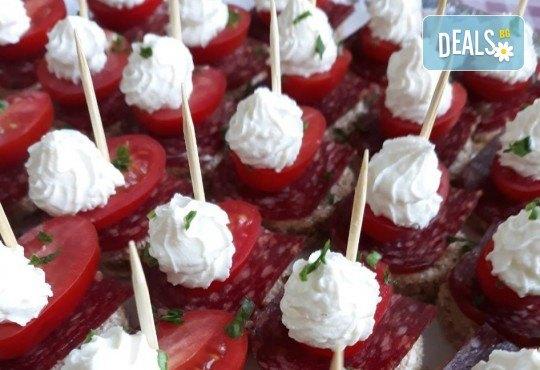 Специално предложение за Вашия повод! Вземете 120 броя коктейлни хапки с прошуто, ементал, грозде и пастърма от My Style Event! - Снимка 2