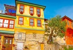 Мини почивка в слънчева Гърция - Кавала, за Септемврийските празници с Еко Тур! 3 нощувки със закуски в Nefeli Hotel 2*, транспорт и пешеходен тур - Снимка