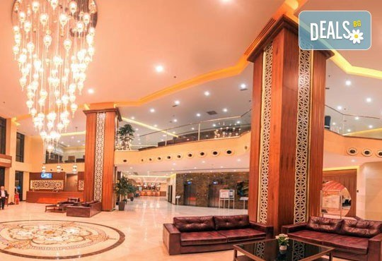 Петзвездна Нова година в Одрин, Турция! Hotel Margi 5*: 2 нощувки, 2 закуски, 1 вечеря и Новогодишна Гала вечеря с програма, възможност за транспорт! - Снимка 3