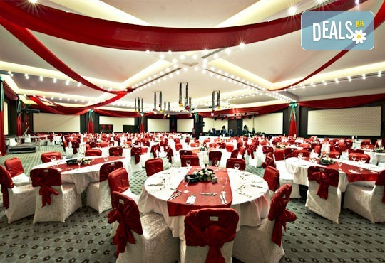 Петзвездна Нова година в Одрин, Турция! Hotel Margi 5*: 2 нощувки, 2 закуски, 1 вечеря и Новогодишна Гала вечеря с програма, възможност за транспорт! - Снимка 4