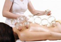 Здрав гръб в здраво тяло! Регенериращ оздравителен масаж на гръб - мануален и вендузен масаж и техники за подсилване на имунитета в SPA център Senses Massage & Recreation! - Снимка