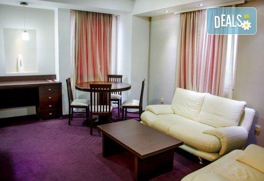 Посрещнете Новата 2019 година в Хотел Continental 4*, Скопие, Македония! 2 нощувки със закуски, транспорт и екскурзовод от Еко Тур! - Снимка 5