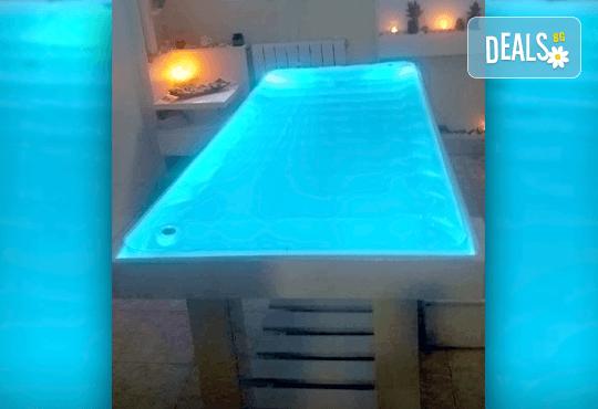 За пълен релакс и отпускане! 55-минутен масаж на цяло тяло на водно легло в Anima Beauty&Relax - Снимка 3