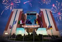 Посрещнете Нова Година 2019 в хотел Rin Grand 4* Букурещ, с Караджъ Турс! 3 нощувки със закуски, транспорт и програма - Снимка