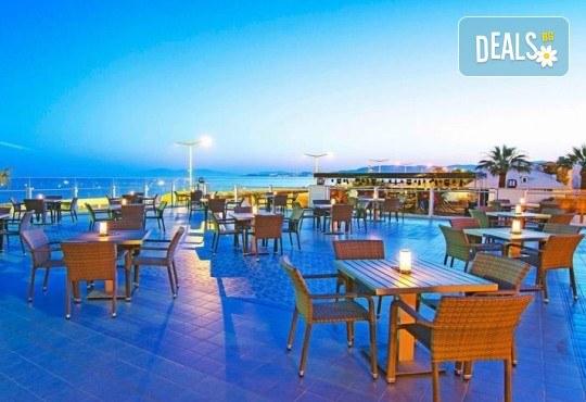 На море в Кушадасъ, Турция, през септември или октомври! 7 нощувки на база All Inclusive в Palm Wings Kusadasi Beach Resort&Spa 5* и възможност за транспорт! - Снимка 10