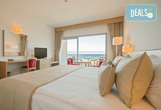 На море през септември в Чешме, Турция, с Глобус Холидейс! 7 нощувки All Inclusive в хотел Grand Hotel Ontur Cesme 5*, безплатно за дете до 12 г. - Снимка 3