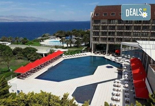 На море през септември в Чешме, Турция, с Глобус Холидейс! 7 нощувки All Inclusive в хотел Grand Hotel Ontur Cesme 5*, безплатно за дете до 12 г. - Снимка 2