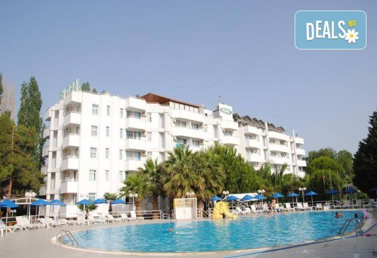 Изпратете лятото с почивка във Flora Suites 3*, Кушадасъ, Турция! 7 нощувки на база All Inclusive и възможност за транспорт! - Снимка 1
