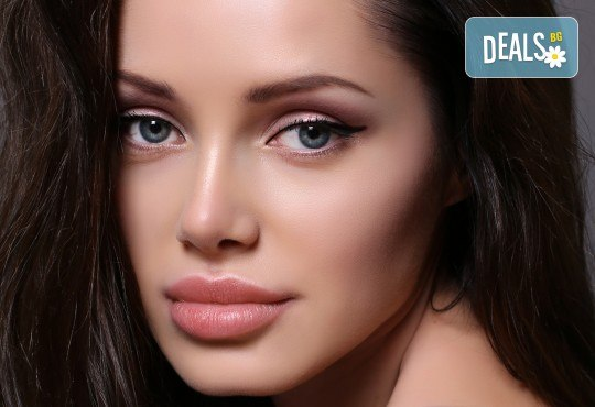 Безиглено влагане на хиалуронова киселина за попълване на бръчки на челото или за уголемяване на устни във Flying Butterfly Beauty Studio! - Снимка 2