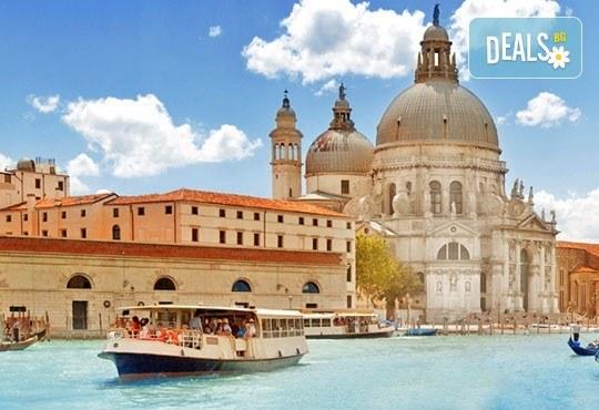 Екскурзия през октомври до Верона и Венеция, Италия! 3 нощувки със закуски в хотели 3*, транспорт, програма в Загреб и по желание посещение на Милано! - Снимка 1