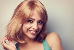 Красива коса! Масажно измиване, нанасяне на маска, подстригване и оформяне на прическа в студио за красота Jessica - Снимка