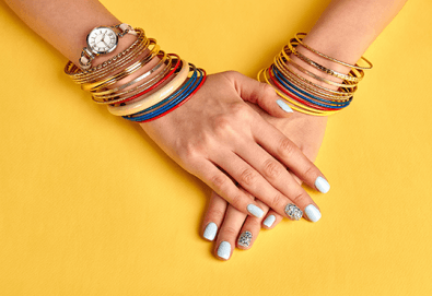 Красиви ръце! Маникюр с гел лак Bluesky и 2 декорации в салон за красота Алма Морел! - Снимка