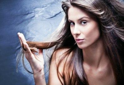 Подстригване, нанасяне на терапия според нуждите на косата и оформяне със сешоар във Фризьорски салон Никол!