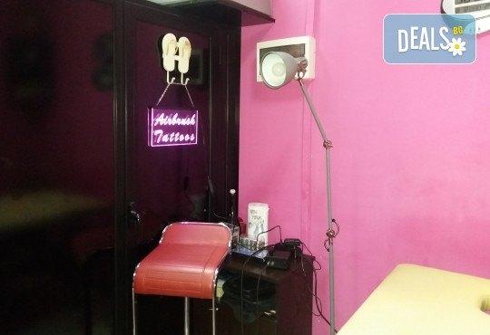 Блестящ поглед! Поставяне на диамантени мигли по метода косъм по косъм в Соларно студио Какао! - Снимка 7