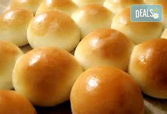 Вкусно предложение за Вашия повод! 1 кг. погача на топчици или рози с масло и яйца от My Style Event! - Снимка 1
