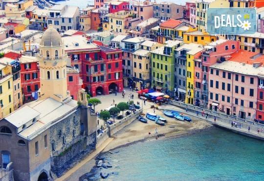 През октомври до Барселона, Лигурия, Сен Тропе, Монако и Ница! 5 нощувки със закуски, самолетен билет и полет до Милано, летищни такси, трансфери и туристически обиколки - Снимка 9