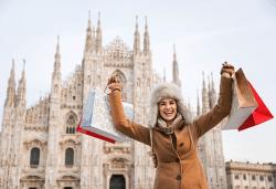 Самолетна екскурзия през декември до Милано и Френската ривиера! 3 нощувки със закуски, самолетен билет и летищни такси, екскурзовод и посещение на Генуа! - Снимка