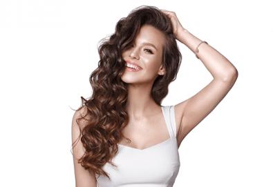 Диагностика на косата, масажно измиване, терапия по избор, подстригване, брюлаж и оформяне на прическа със сешоар в салон за красота Donna! - Снимка