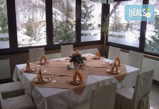 Нова година 2019 в Сърбия, Бързече, Apart Hotel Kopaonik! 2 или 3 нощувки със закуски, обеди и вечери, едната - празнична с неограничени напитки, възможност за транспорт - Снимка 6