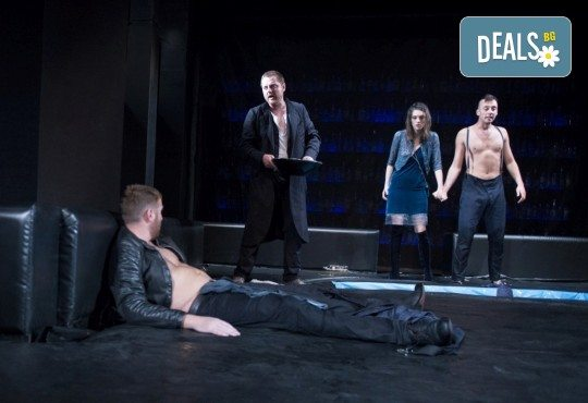 Гледайте спектакъла Пияните на 15-ти октомври (понеделник) в Малък градски театър Зад канала! - Снимка 6