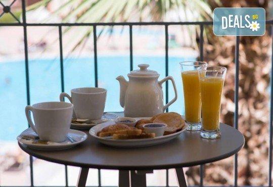 Нова година на о. Корфу, Гърция! 3 нощувки със закуски и вечери в Olympion village 3+*, транспорт, водач и посещение на двореца Ахилион! - Снимка 13