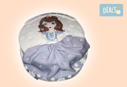 Детска АРТ торта с фигурална ръчно изработена декорация с любими на децата герои от Сладкарница Джорджо Джани - Снимка 49