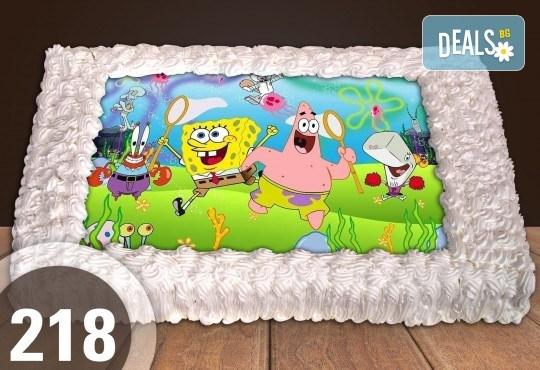 С доставка през април, май и юни! Торти за момчета: вземете голяма торта 20/ 25/ 30 парчета със снимка на герои от любимите детски филмчета - Нинджаго, Костенурките Нинджа, Спайдърмен и други от Сладкарница Джорджо Джани - Снимка 47