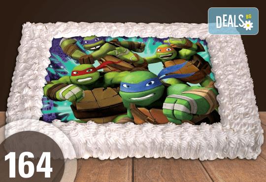 С доставка през април, май и юни! Торти за момчета: вземете голяма торта 20/ 25/ 30 парчета със снимка на герои от любимите детски филмчета - Нинджаго, Костенурките Нинджа, Спайдърмен и други от Сладкарница Джорджо Джани - Снимка 16