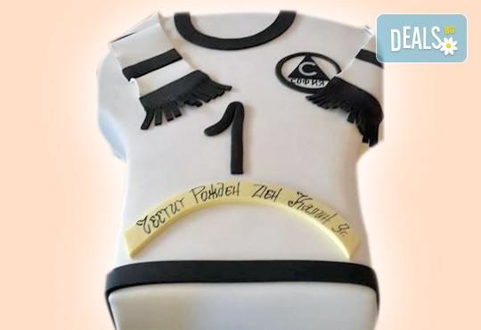 Торта за мъже с индивидуален дизайн и размери по избор от Сладкарница Джорджо Джани! - Снимка 32