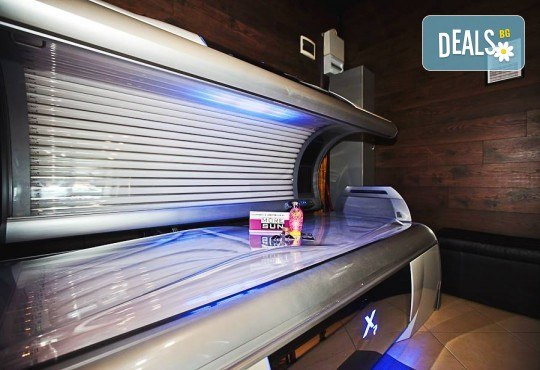 Карта за 30 минути солариум + 2бр. тестери соларна козметика на Soleo в соларно и козметично студио More Sun в Студентски град! - Снимка 9