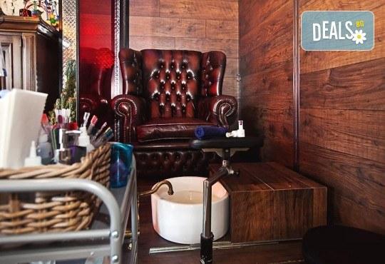 Погрижете се за косата си! Подстригване, масажно измиване, прав сешоар + кератинова преса, която подхранва косъма в дълбочина, или букли в соларно и козметично студио Моre Sun в жк. Младост 3! - Снимка 7
