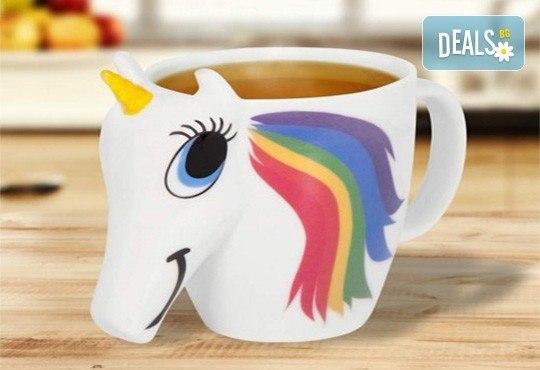 Изненадайте своето дете със сладка променяща цвета си 3D чаша с еднорог! - Снимка 1