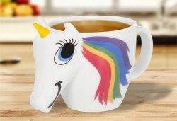 Изненадайте своето дете със сладка променяща цвета си 3D чаша с еднорог! - Снимка