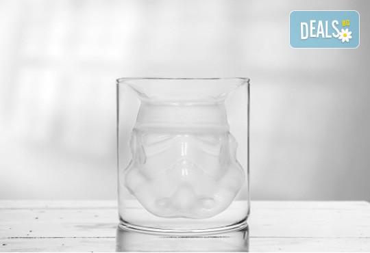 За истинските ценители - лицензирана чаша за уиски Stormtrooper с вместимост 150 мл.! - Снимка 3