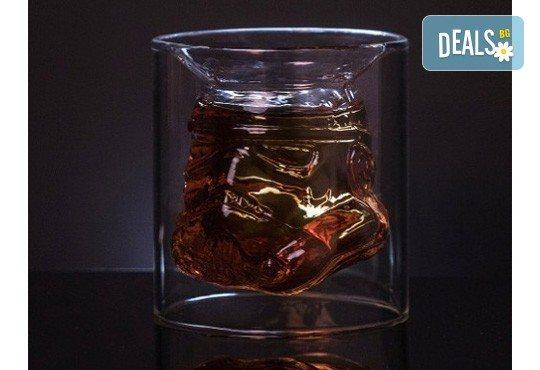 За истинските ценители - лицензирана чаша за уиски Stormtrooper с вместимост 150 мл.! - Снимка 2