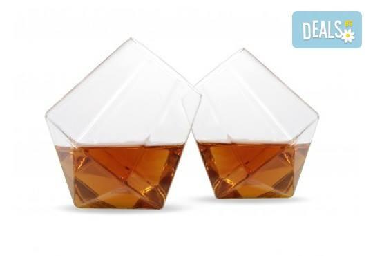 Нестандартно и оригинално! Вземете луксозен сет чаши за уиски с форма на диамант! - Снимка 1