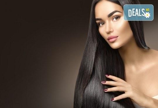Полиране на коса с полировчик, арганова терапия, подстригване и оформяне със сешоар в студио за красота Secret Vision - Снимка 3