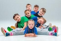 Четири посещения на танцова и театрална импровизация за деца в Sofia International Music & Dance Academy! - Снимка