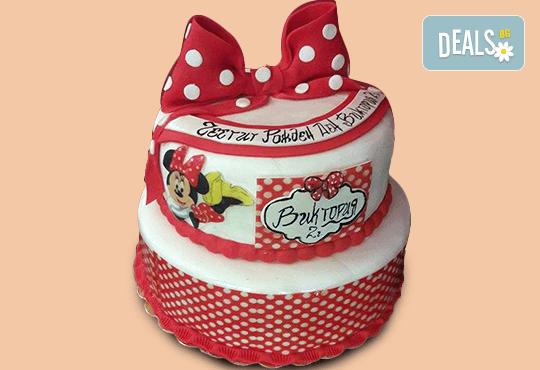 За най-малките! Детска торта с Мечо Пух, Смърфовете, Спондж Боб и други герои от Сладкарница Джорджо Джани - Снимка 10